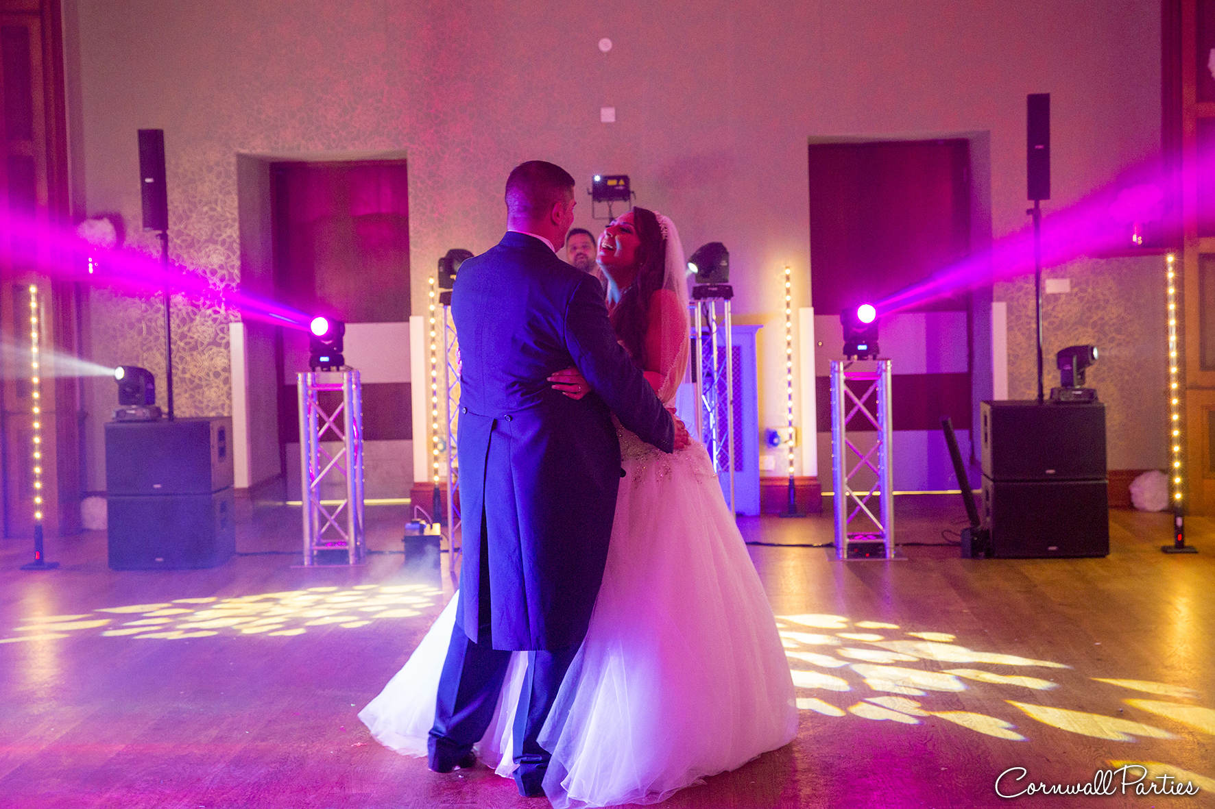 cornwall wedding disco dj photographer 40