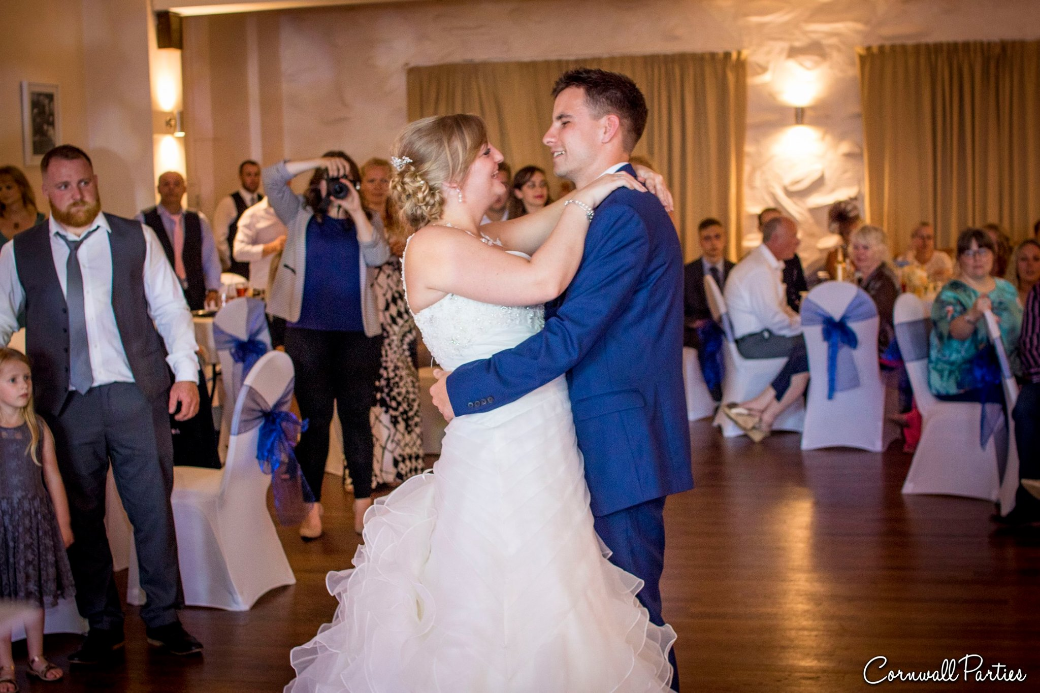 cornwall wedding disco dj photographer 30