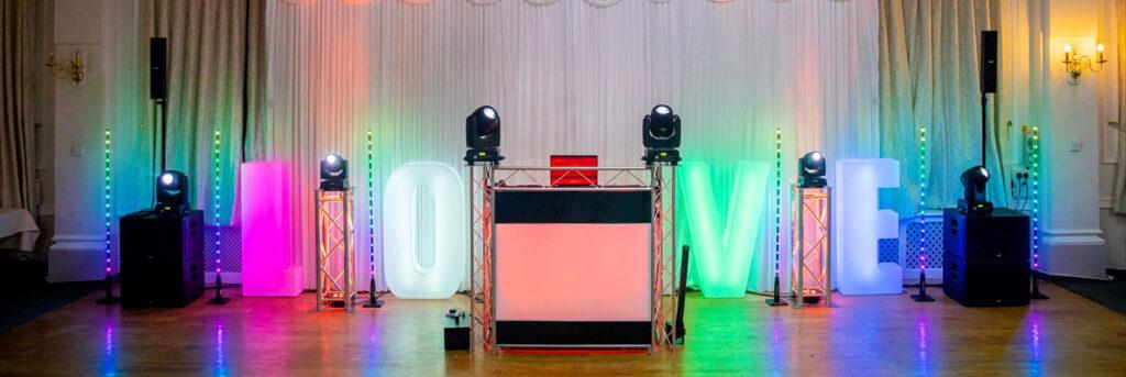 Cornwall Wedding DJ From Cornwall Parties Wedding DJ Cornwall + Video Services from Cornwall Parties